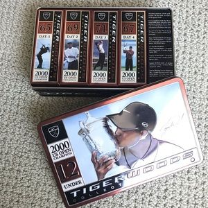 Tiger Woods Collector's Tin, 4 sleeves of balls